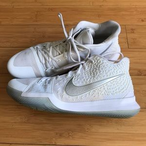 Nike Kyrie Irving III Finals Size 13.5 US White